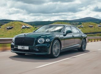 Bentley expands its hybrid range with new Flying Spur variant