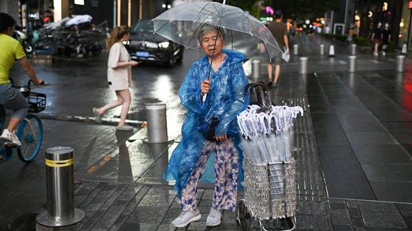 Flights canceled and schools closed as China capital hit by storm