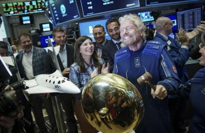 Branson aims to make space trip on July 11, ahead of Bezos – News