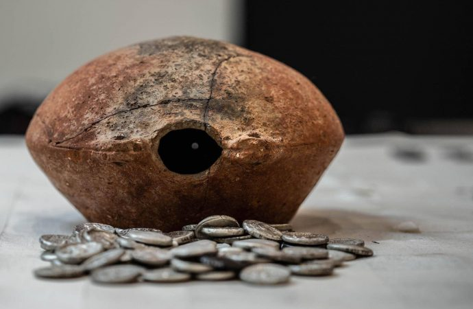 Sharjah: Jar of rare silver coins from 3rd century BC unearthed – News