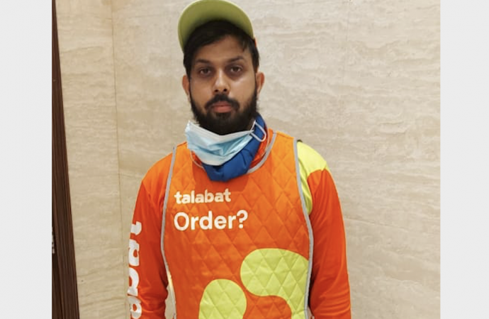 Dubai: Delivery rider goes beyond call of duty, gets rewarded – News
