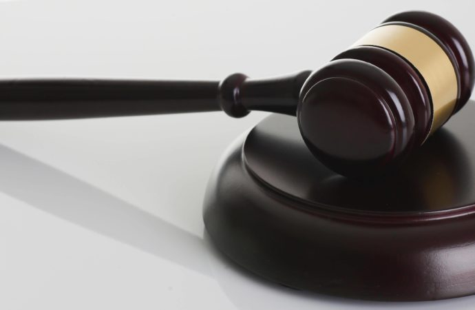 UAE: Man on trial for impersonating doctor, trying to steal Dh80,000 – News