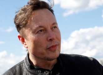 Elon Musk could become the world's first trillionaire thanks to SpaceX